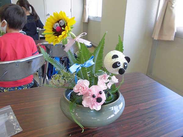 子ども生け花教室の様子2